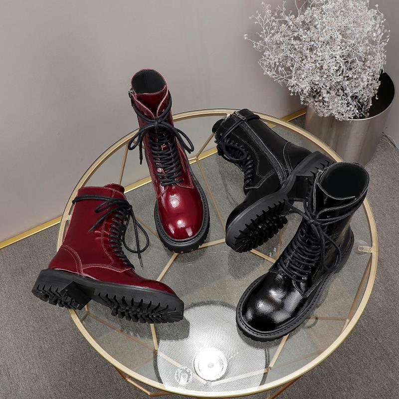 2021 Vente chaude Mode Femme Femme Cool Half Bottes Office Dame En plein air Soft Soft Cuir Plat Bottines Filles Casual Black Taille 40 39 # U88