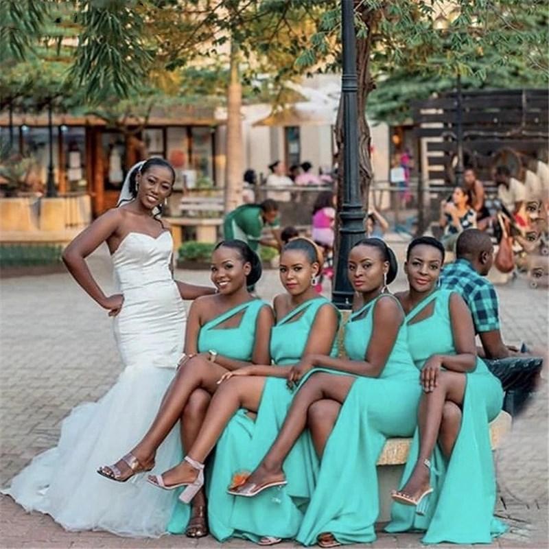 Ucuz Gelinlik Modelleri Afrika Bir Omuz Yan Yarık Saten Fermuar Geri Mermaid Gelinlik Modelleri Düğün Parti Elbiseler Onur Hizmetçi