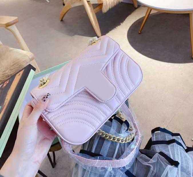 2020 새로운 유명한 브랜드 숙녀 가방 레트로 고품질 메신저 가방 핸드백 스타 유명 자수 어깨 가방