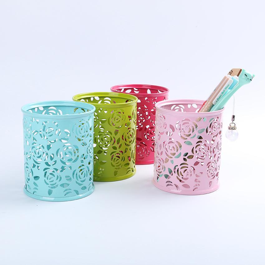 Metallo Hollow Rose Flower Design Cilindro Pen Matita Pot Holder Storage Pen Case Office Forniture stazionarie