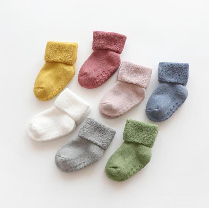 Neugeborene Baby Socken Terry Anti Slip Socken Für Baby Winter Warme Dicke Mädchen Jungen Feste Säuglingskleidung Zubehör YHM746