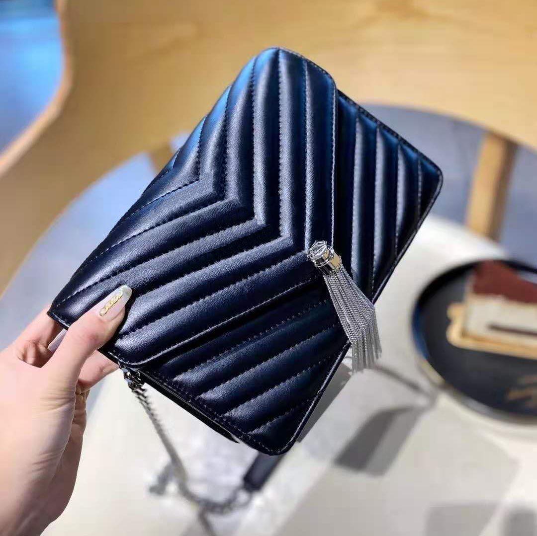 2020 NOUVEAU Mode Sac à bandoulière Noire Femme Designer Messenger Sac Femelle Portefeuille Sac à main Grande marque Tassel PU cuir de haute qualité sac à main de haute qualité