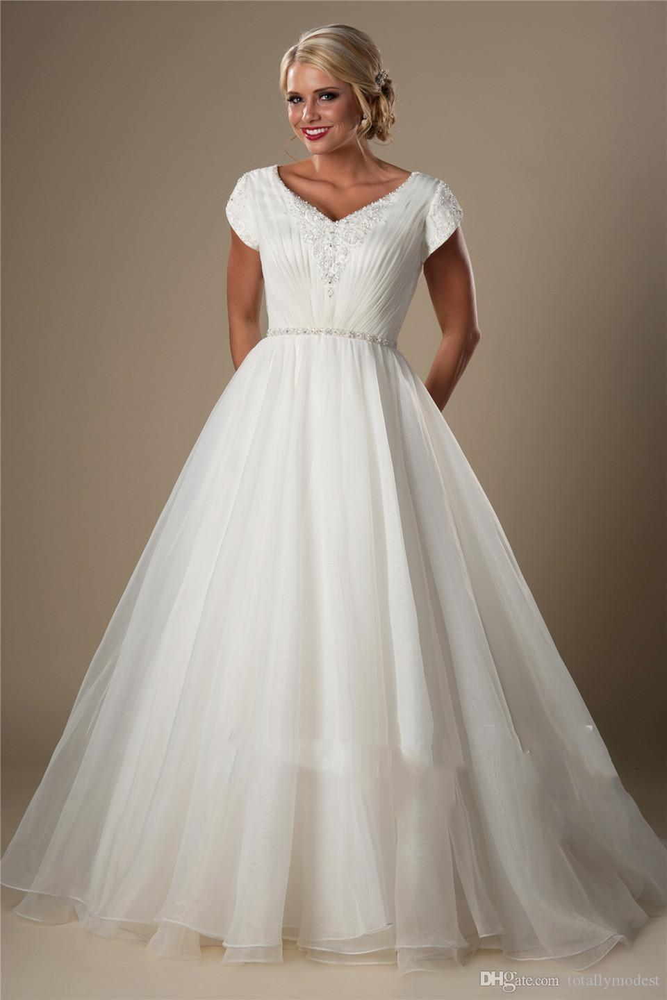 Simple A-line Organza Modest Wedding Dresses With Short Sleeves Cap Sleeves Temple Bridal Gowns V Neck Beaded Pleated Wedding Gowns New