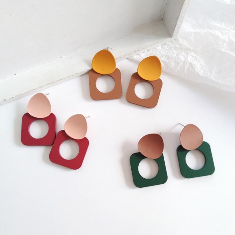 Moda Femenina Temperamento de Restauración Formas antiguas Es Simple Geométrico Pendientes Pendientes Metal Pendientes Pendientes de Color Accesorios
