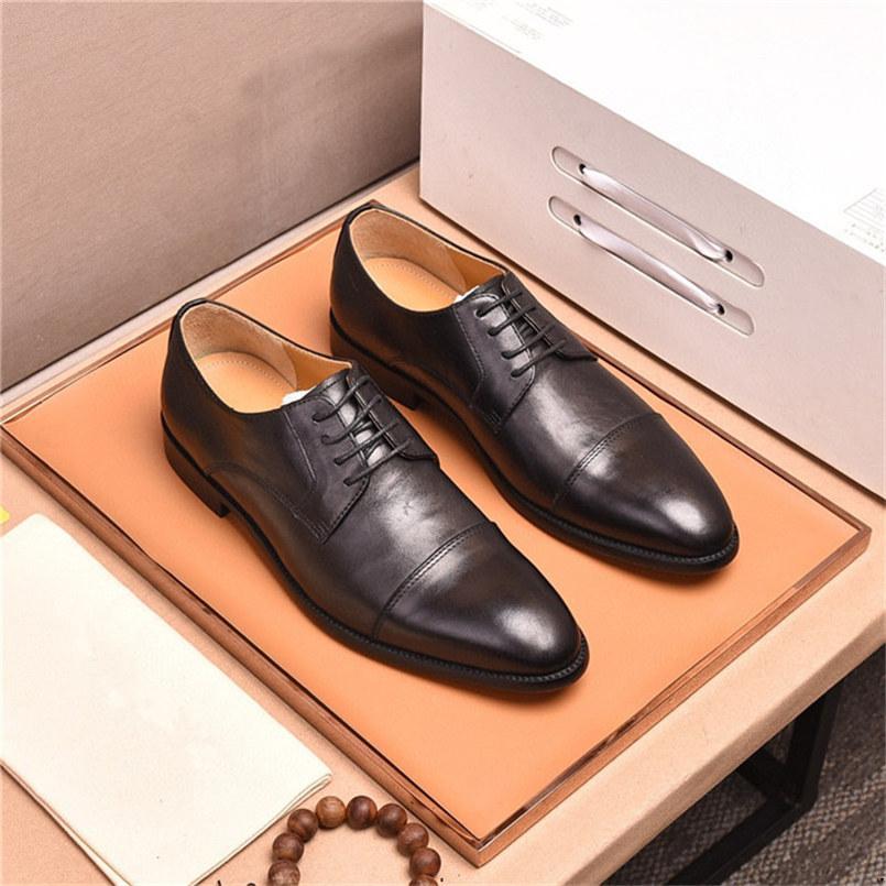 20fw Automne Fashion Hommes Casual Chaussures Bullock En Cuir Véritable Appartements Homme Formel Oxford Robe Chaussure Mocassins de luxe Zapatos Hombre Yecq1