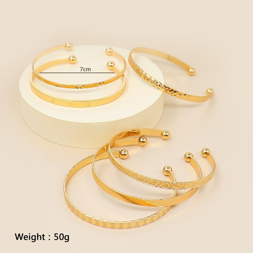 6 / 2 Pcs/SetWomen Bracelets Boho Vintage Gold Geometric Carved Arrow Round Letter Bracelet Set Beach Fashion Jewelry