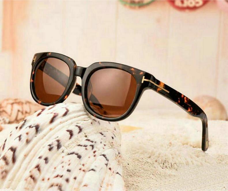 1864 New Luxury Top Qualtiy Casual Fashion 211 Tom Gafas de sol para hombre Mujer Erika Eyewear Ford Designer Brand Gafas de sol 0712 Envío gratis
