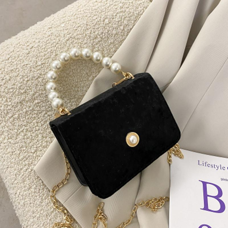 Cadeia de camurça vintage Antique Pearl Bag Mulher 2021 New Messenger Bag Jantar Pequeno Quadrado CC
