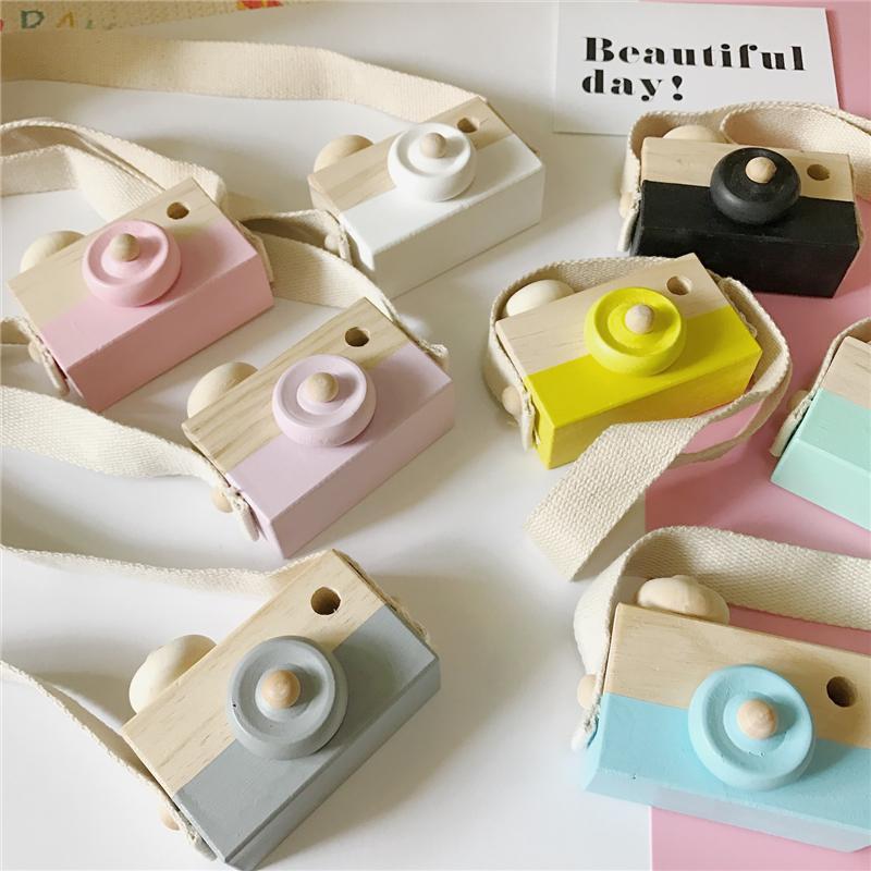 Yapalım 1 adet Ahşap Bebek Oyuncakları Moda Kamera Ahşap Kolye Montessori Oyuncaklar Çocuklar için Ahşap DIY Mevcut Hemşirelik Hediye Bebek Bloğu