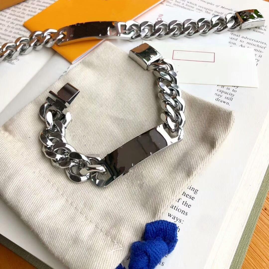 2021 Bracelets en acier de titane chaud pour femmes et hommes bracelet bracelet en argent pour femme bijoux concepteurs bracelet femmes cadeau livraison gratuite