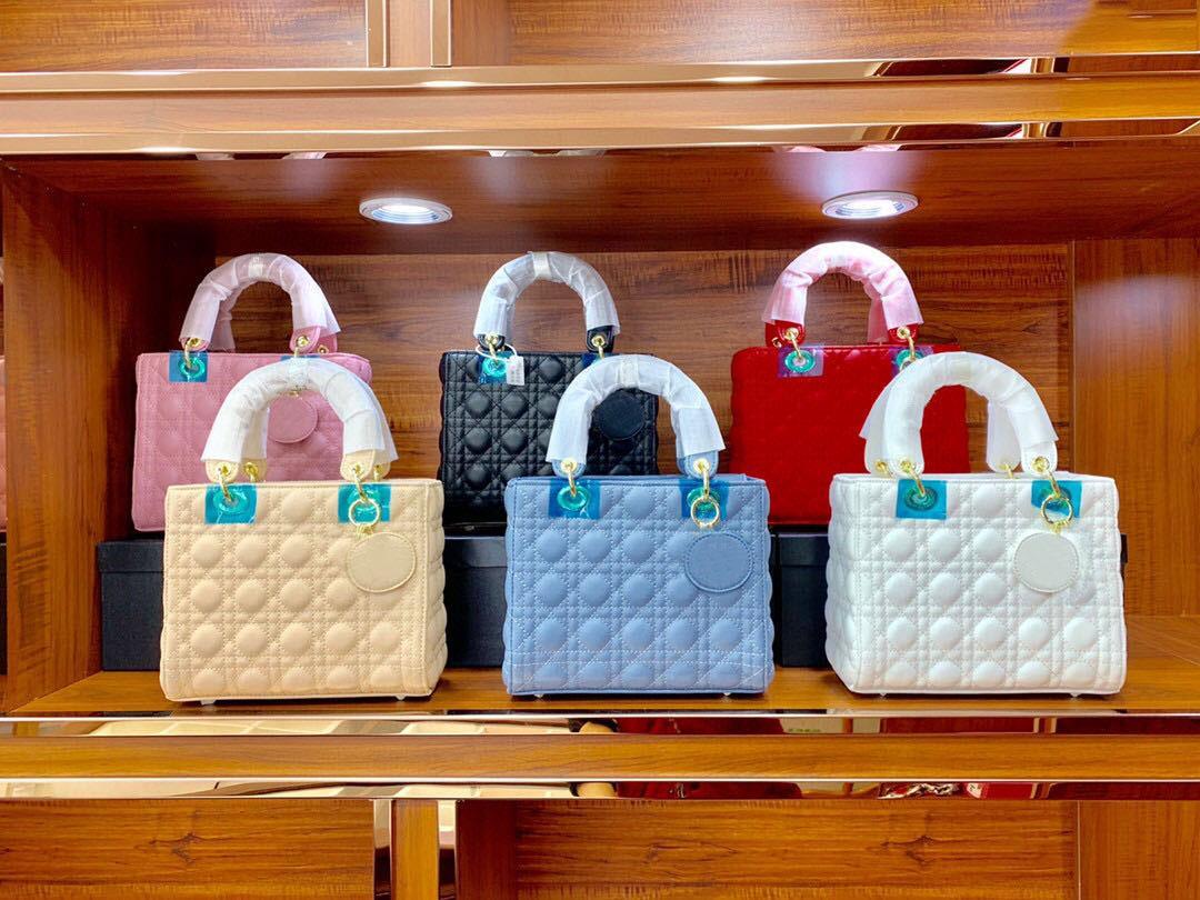 Famoso designer principessa signora moda vintage frizione borse distintive tracolla cinturino cinque quadrati pecore pelle diamante reta diamante sacchetti a flap pianura