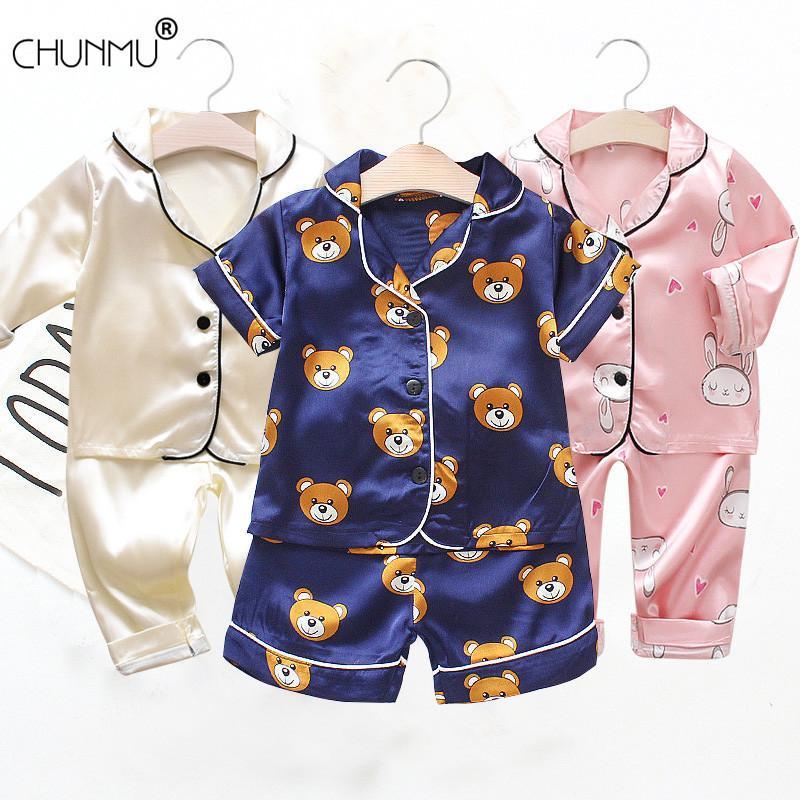 Детский пижамный набор мальчик девушка девушка одежда летняя одежда набор детей мультфильм напечатанные топы + шорты малыши одежды наборы Q1203