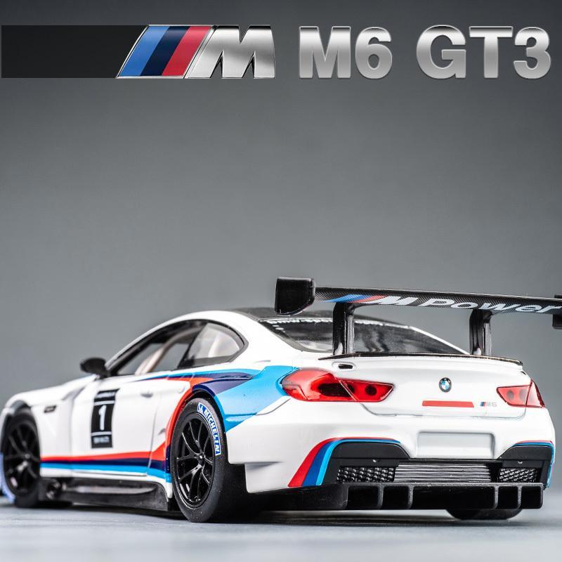 1:24 BMW M6 GT3 Livre Wheeling High Light Sport Correndo Modelo de Carro Brinquedo Diecast Metal Liga Miniatura Replica Q1217