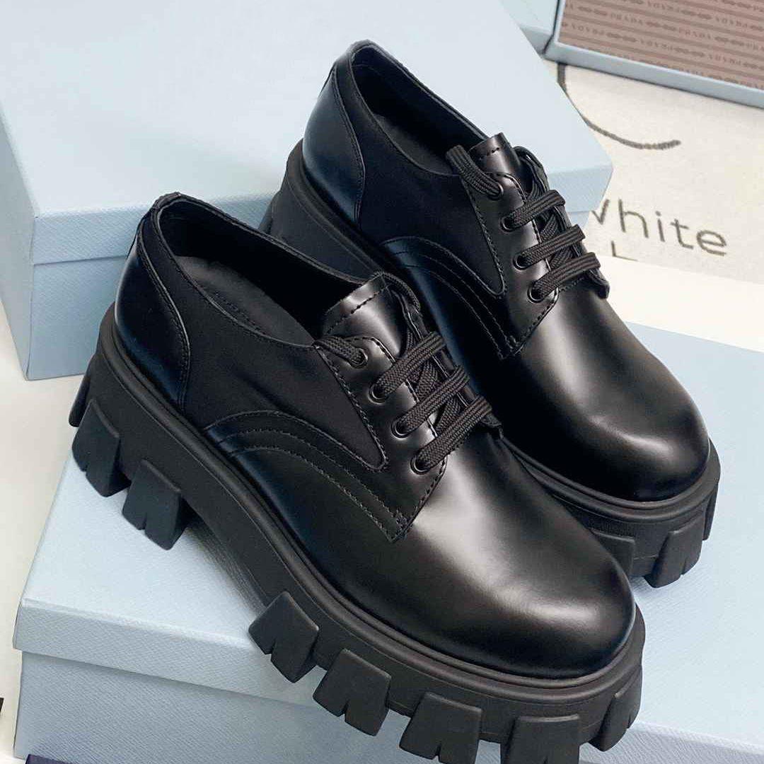 2021 New Martin Marking Boots Гладкие натуральные кожаные сапоги Женщины Мартин Лодыжка Ботинок Высочайшее качество с коробкой