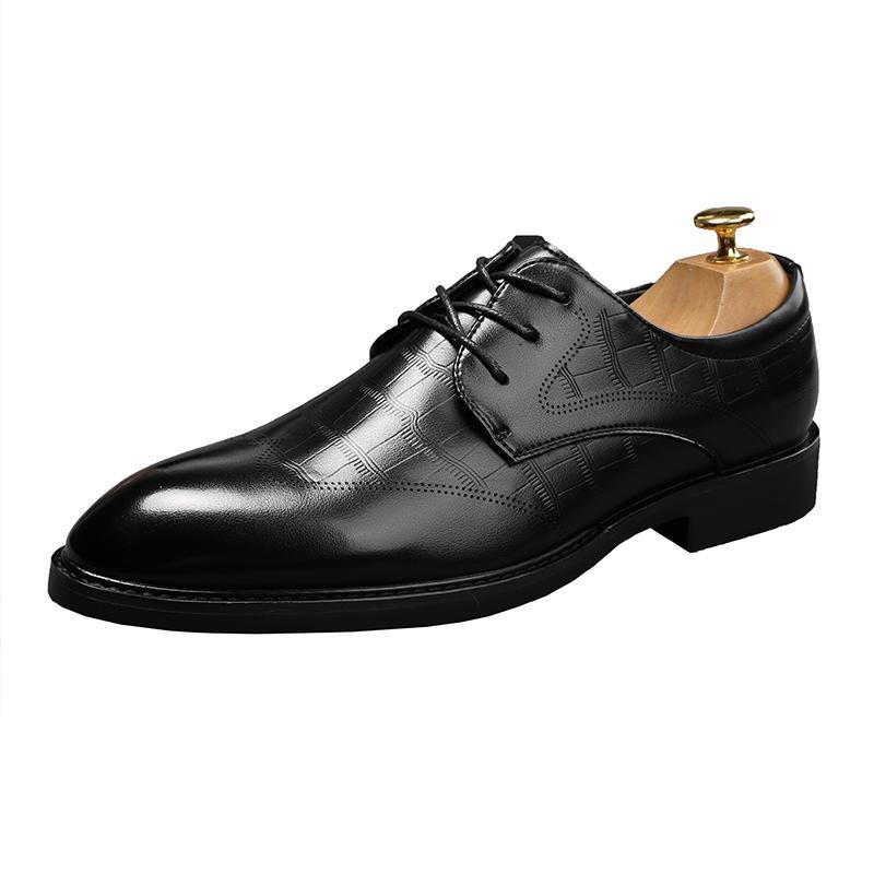 2021 Nuovo designer di arrivo uomo Designer scarpe Quinceanera mocassini scarpe piatte scarpe vestito