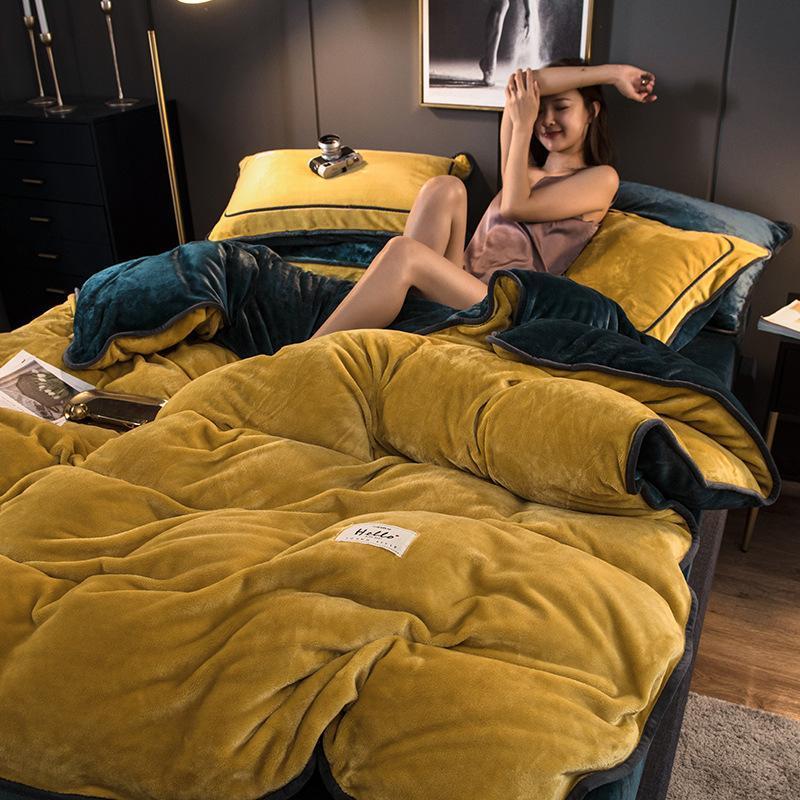 Leche nórdica Fleece 4 piezas Invierno Color Sólido Franela simple Espesado Cálido Terciopelo Suite Dormitorio Ropa de cama