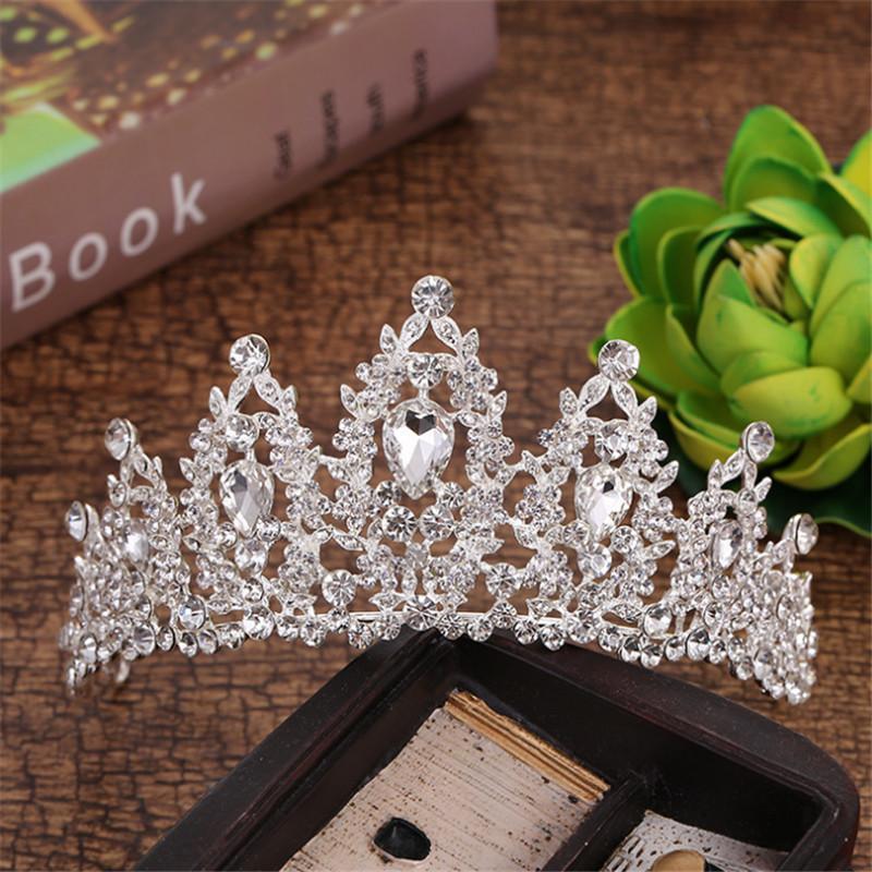 2021 Girls Pageant Crystal Tiaras and Crowns Bridal White Rhinestone Boda Tiara Red Gold Crown Joyería de pelo Mujeres Nuevo