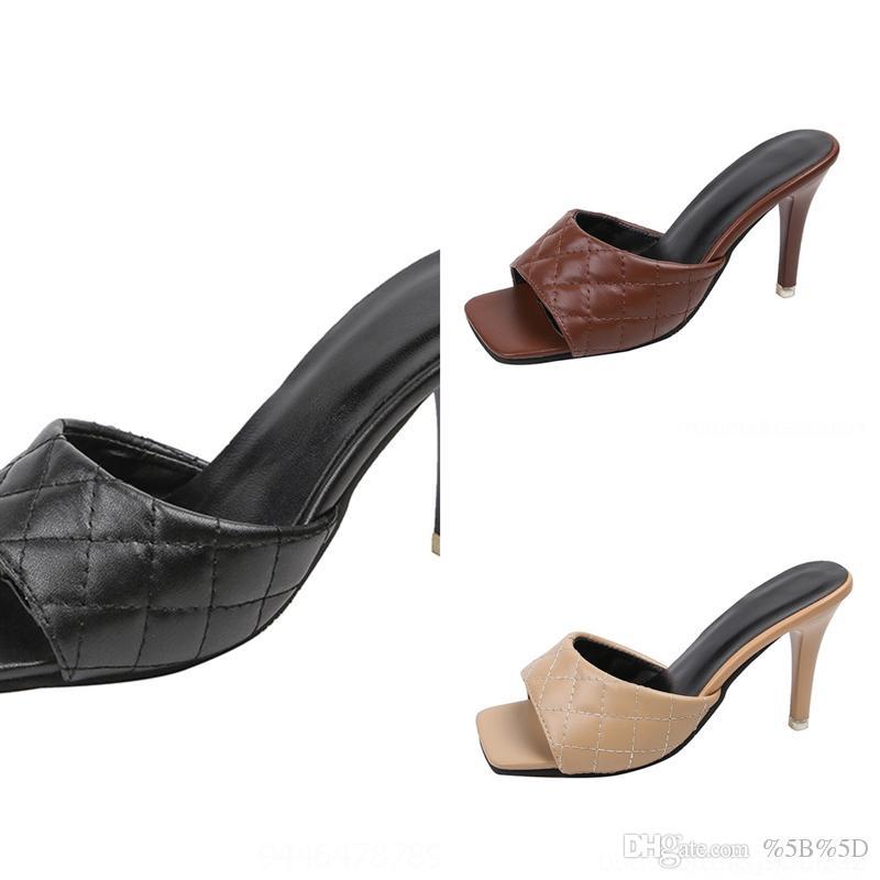 YCP mode luxe hommes classiques femmes glissantes hautes concepteurs qualités glissades sandales de dame de la dame de femmes pour femmes sandales chaussures chaussures