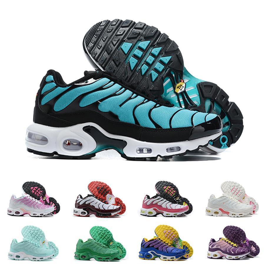 Womens TN Plus Correndo Sapatos Sneakers SE Ultra Triple Branco Negro Roxo Hyper Blue Ladies Designer Classic Trainers