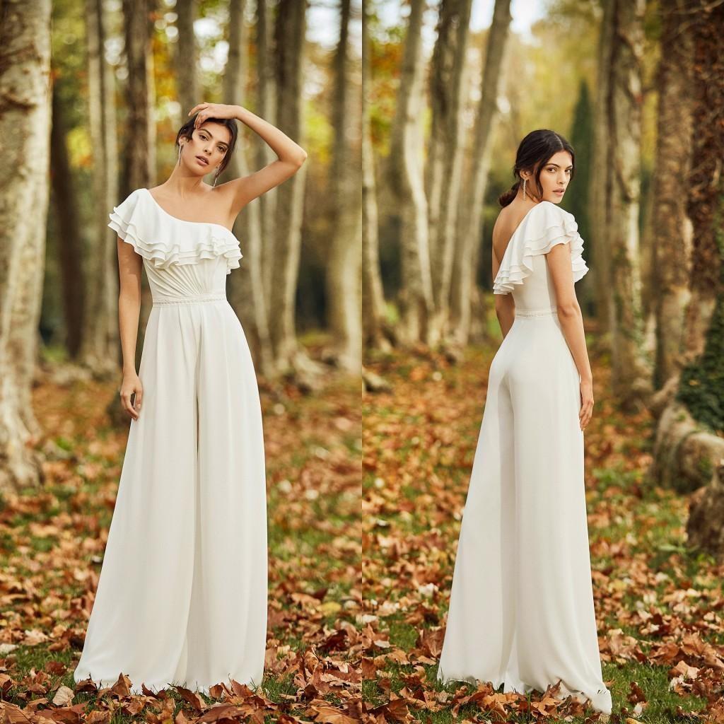 Nouvelle arrivée Bohemian Bohemian Simple Wedding Combinaison Une épaule en mousseline de mousseline de mousseline de mousseline de mousseline de rondes de mariée robe de mariée pantalons de mariée