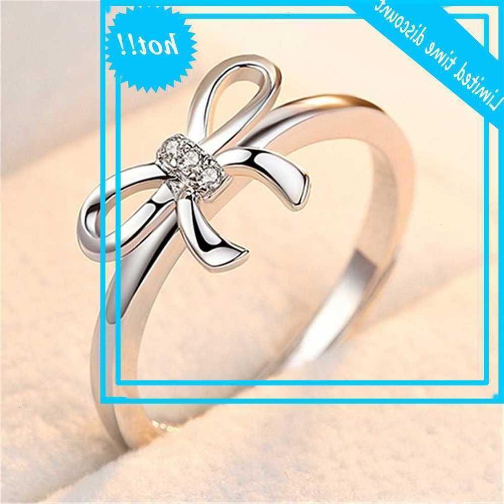 Пара простых имитационных алмазных ручных украшений с серебристыми открывающимися одним кольцом