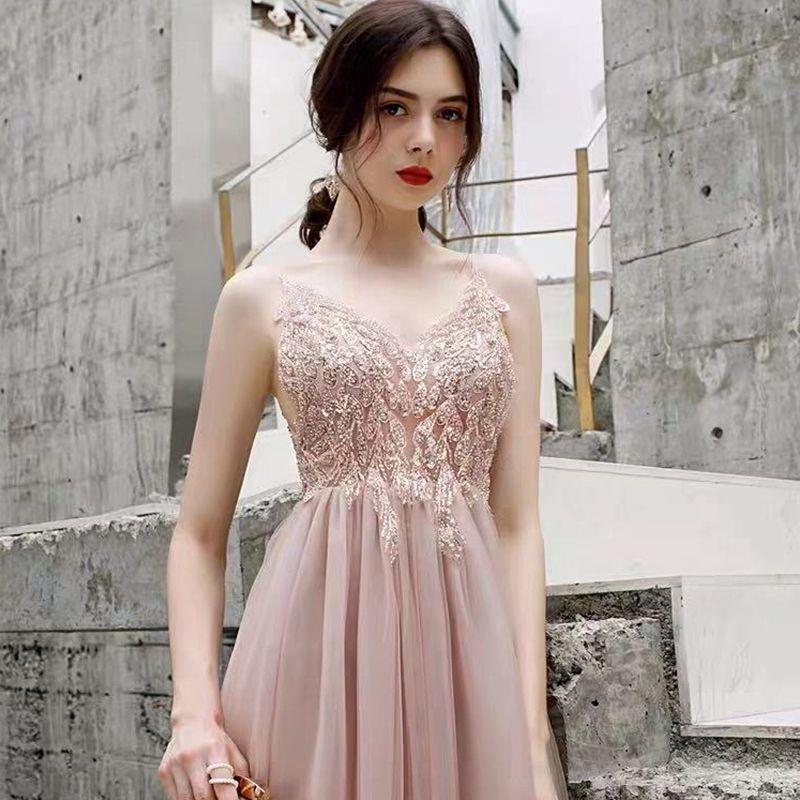 Высокий конец, королева Ауры. Роскошь. Дамы. Платье, элегантный хост, платье юбка