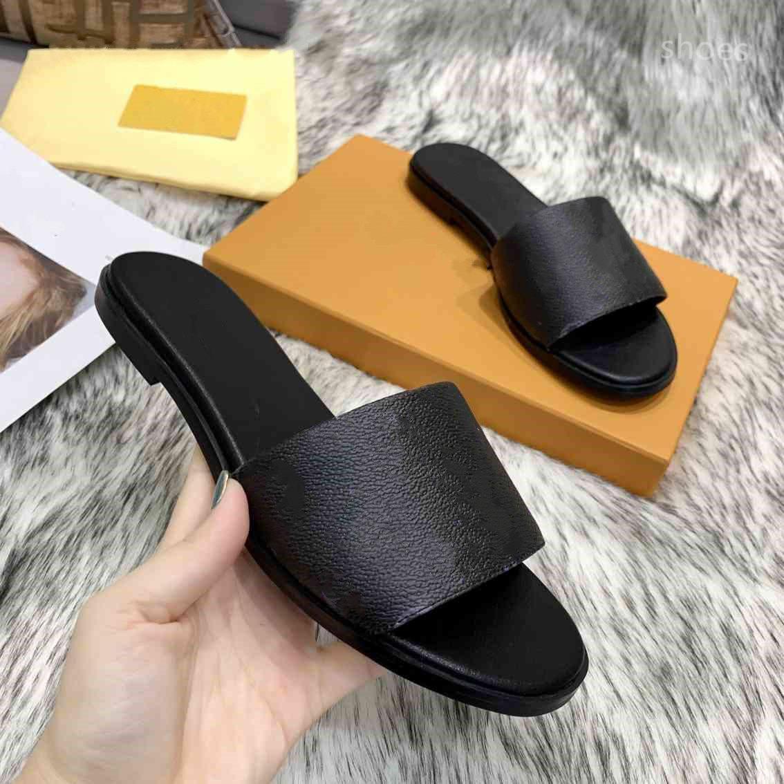 O novo verão de 2021 chinelos de luxo, sandálias de senhoras plana, sapatos de casa de sândalo, com letras, com caixas, 46asd