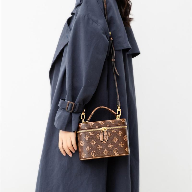Evening Bags Luis Vitton 2021 Fashion Single Shoulder Messenger Bag Luxury Designer Purses And Handbags Ladies Fashionable Handbag
