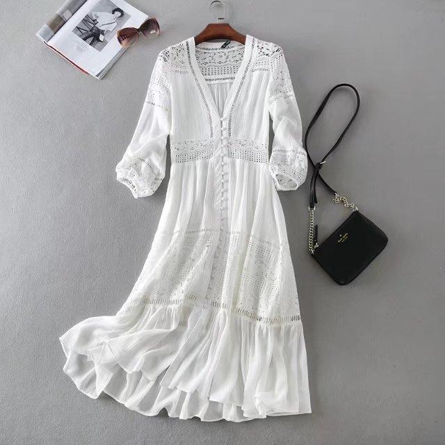 Kadınlar Zarif Beyaz Dantel Elbiseler Bayanlar Seksi V Yaka Akşam Parti Elbise 2021 Yeni Chic Dantel Botton Panelli Rahat Uzun Elbiseler Oymak