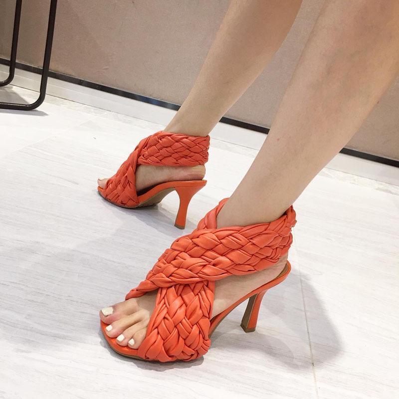 Sexy Designer Gladiator Sandales Cross Tressed Chaussures pour femmes High Talons Femmes Sandales Summer Shoes Chaussures Femme Soft Baisse