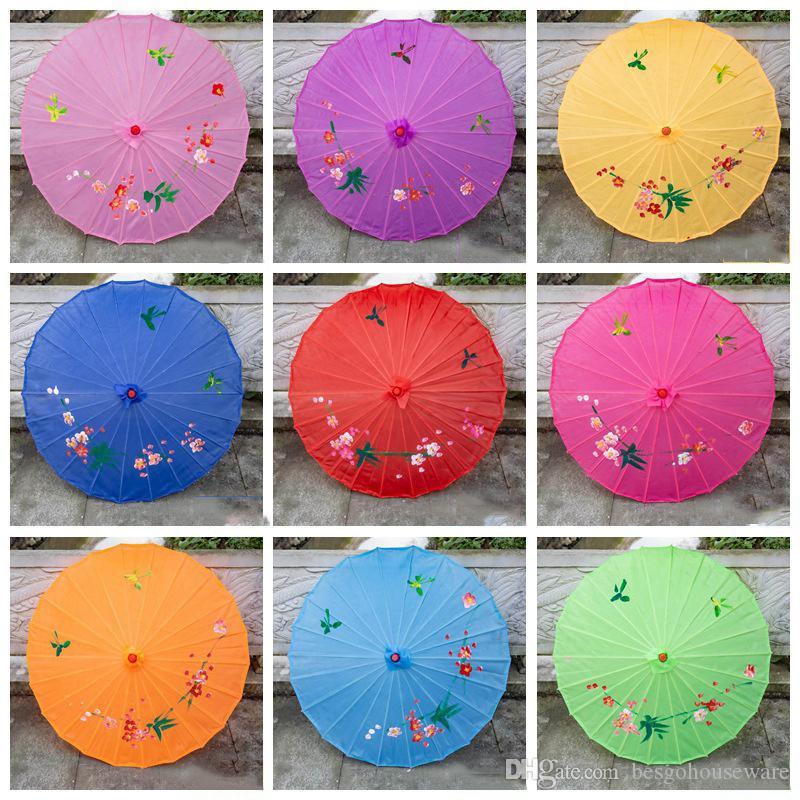 82 CM Artificial Oil Paper Umbrellas Silk Cloth Wooden Handle Umbrella Dance Cosplay Performance Prop Umbelliferae Chinese Style BH5155 TYJ