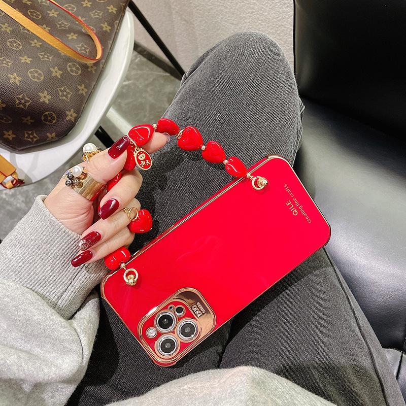 Yeni Yıl Lüks Kırmızı El Zincir Bilezik Elektroliz Telefon Kılıfı Için iPhone 11 12 Mini Pro 7 8 Artı X XR XS Max Kapak Kızlar için