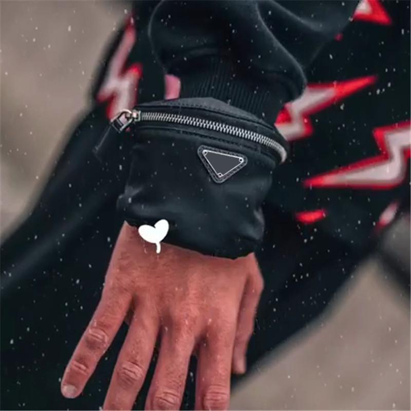 Kadın Lüks Tasarımcılar Çanta 2021 Mini Çanta Moda Bilek Çanta Bilezik Bumbag Kol Çanta Bayan Çanta Çantalar Para Cüzdan Bilek Çantası İyi