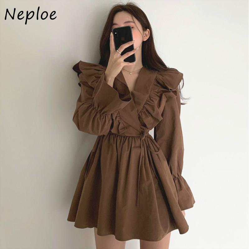Günlük Elbiseler Neploe V Yaka Çapraz Ruffles İpli İnce Bel Vintage Chic Flare Kollu Mini Elbise Düz Renk A-Line Vestidos