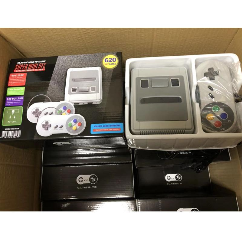40 pcs Retro Mini TV 8 Bit Video Game Console With Two Gamepad Built-In 620 Games Handheld Gaming Player For SFC