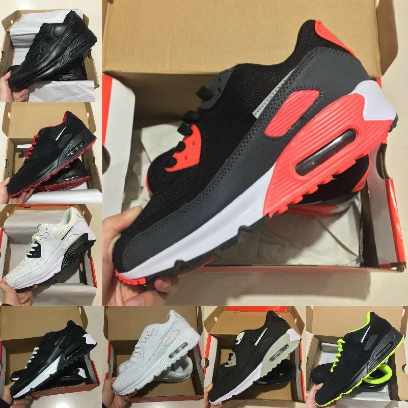 عالية الجودة 2021 جديد الهواء وسادة 90 الاحذية الرجال رخيصة الرجال النساء أسود أبيض 90 ثانية كلاسيكي الهواء المصممون المدرب في الهواء الطلق الأحذية الرياضية E55