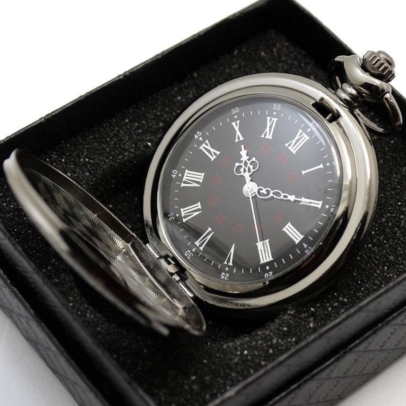 Retro negro lleno de araña de Steampunk Steampunk Spider Attack en Titan Style Quartz Reloj de bolsillo Hombres FOB Cadena de reloj + Caja de regalo
