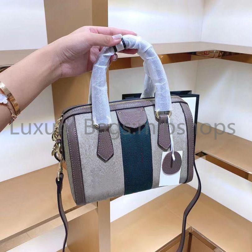 Best Haute Qualité designeurs de luxe de luxe sacs bon marché Sac à bandoulière de mode Femmes Lettre Lady FLAP Embrayage Sacs 2021 nouveau oreiller sac