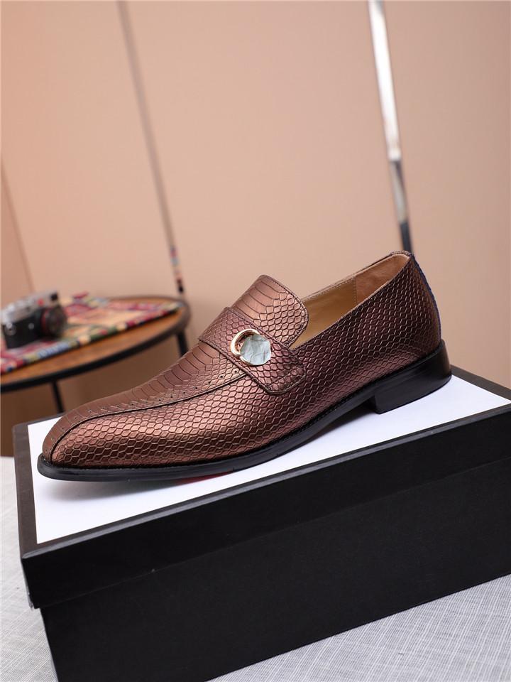 사무실 남자 드레스 신발 꽃 패턴 남자 공식 신발 가죽 럭셔리 패션 신랑 결혼식 신발 남자 옥스포드 신발 드레스 37-45