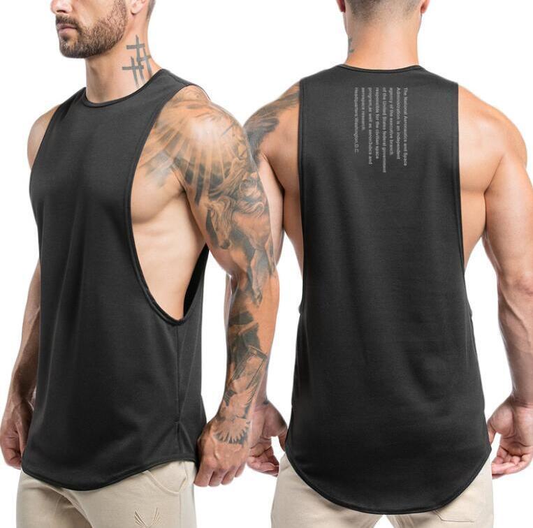مصمم الصيف رجل تانك الأعلى fashional الرياضة كمال الاجسام جودة عالية رياضة الملابس سترات الملابس عارضة الرجال الملابس الداخلية قمم M-XXL 2 نمط