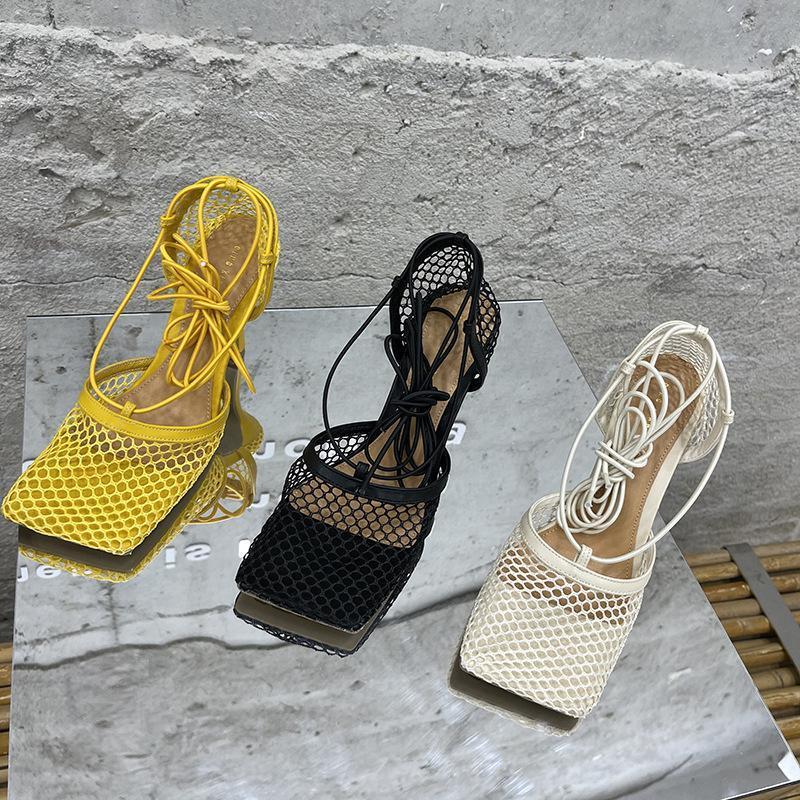 High Heels Sandalen Frauen Square Kopf Schnürung dünne Fersen 2021 Sommerschuhe Mesh Gürtel Lace-up Sandalias Femininas Pumps