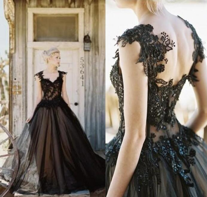 Vintage Black Gothic Wedding Dresses Lace Applique Beaded Illusion Top Custom Made Plus Size Country Wedding Bridal Gown vestido de novia
