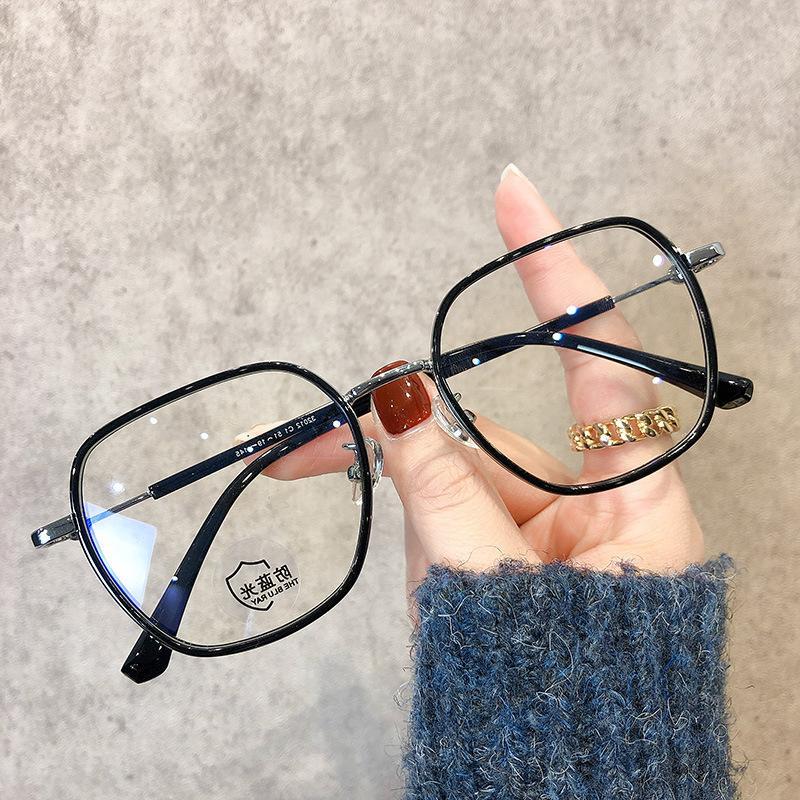 32012 New Fashion Big Thin and Fashionable Plain Face Photo Glasses Anti Blue Transparent Net Red Flat Lens