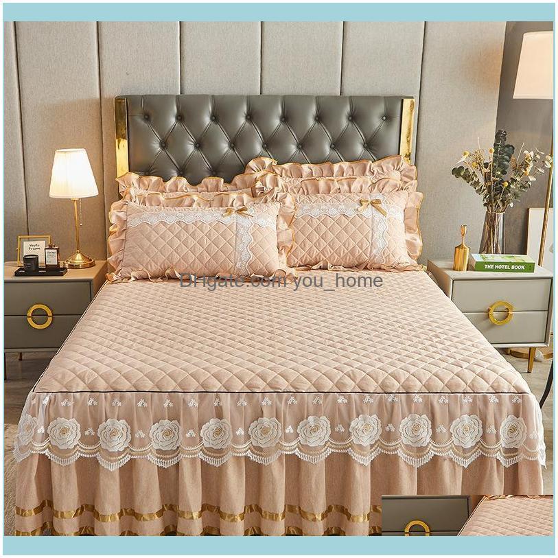 Sheets Bedding Supplies Textiles Gardensheets & Sets Luxury Lace Bed Sheet Home Queen Thickening Warm Skirt Cases Duvet Er Set Mattress Fitt