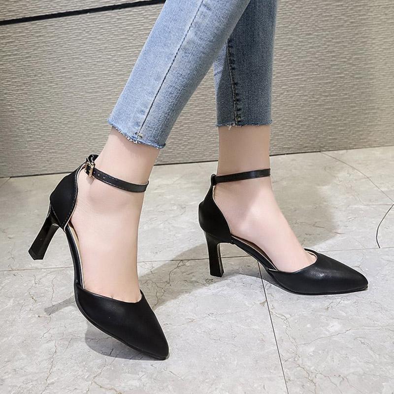 Artı Boyutu 34-42 Kadınlar Ayak Bileği Kayışı Sandalet Pompaları Yüksek Topuklu Elbise Ayakkabı Sivri Burun Kadınlar Düğün Ayakkabı Mujer 8286N
