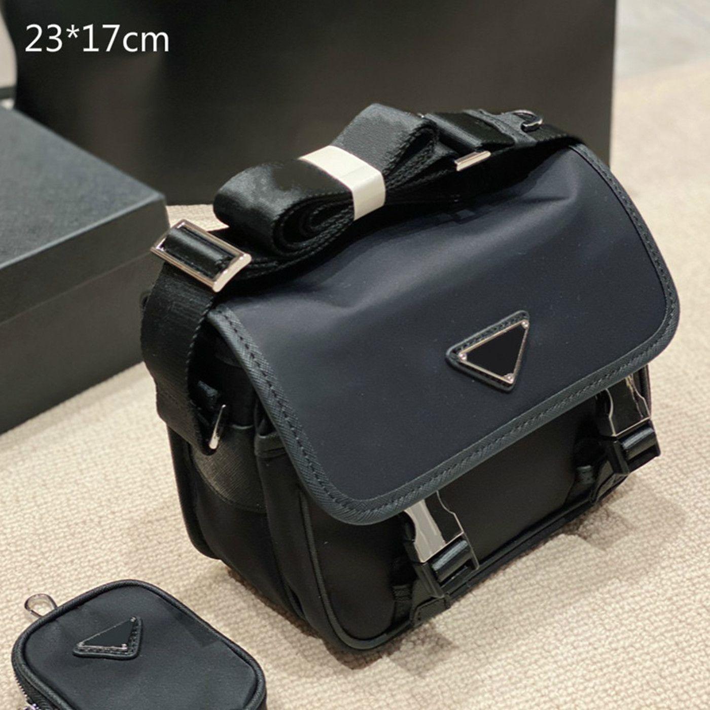2021 مصمم رجل أسود حقائب جلدية العلامة التجارية حقائب الكتف crossbody النايلون رسول حقيبة 2 قطعة المحافظ عارضة نمط مع محفظة صغيرة مثلث 2 أنماط
