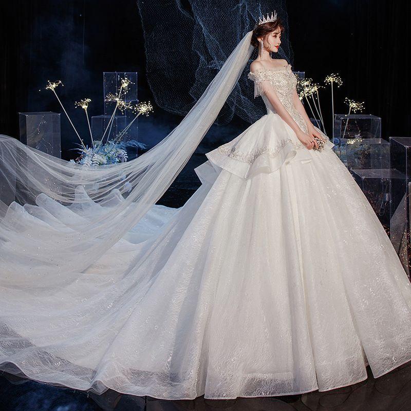 Luz principal 2021 nova noiva um vestido de noiva ombro parece fino e grande cauda