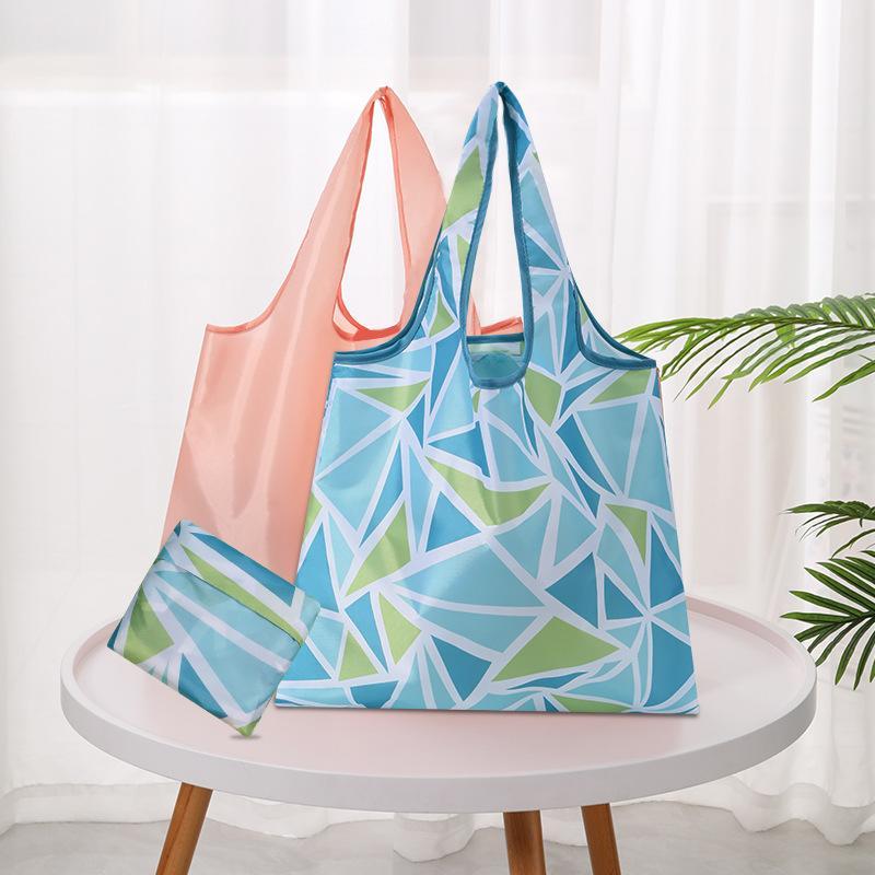 300 adet Katlanabilir Su Geçirmez Saklama Torbaları Eko Kullanımlık Polyester Karikatür Alışveriş Bez Çantalar Kalite Alışveriş Çantaları W-00729