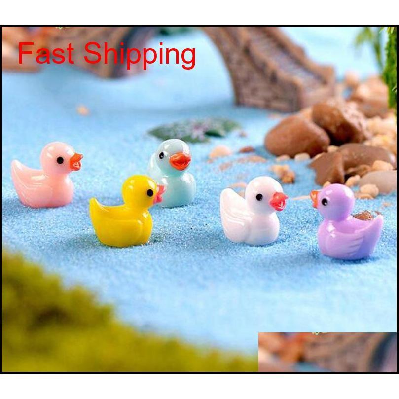 50 pçs / lote fofos patos miniatures pvc figuras de ação animal figuras micro paisagem mini figurine boneco fada jardim decoração y09dn ybk09