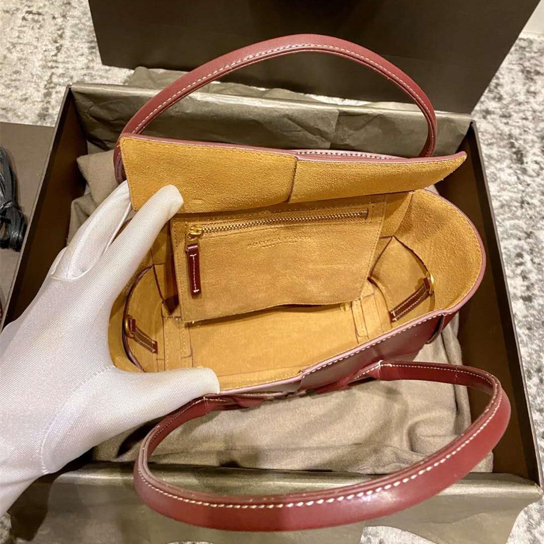 En venta Luxurys Designers Baguettes Soft Cuero Bolso Bolso Bolsos de venta Caliente Handle Man Handle Lady Totes 3 Correa Bolsas de hombro dentro de las carteras